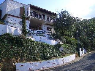 appartement location de vacances LAROQUE DES ALBERES